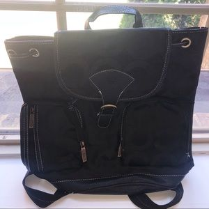 Black medium backpack